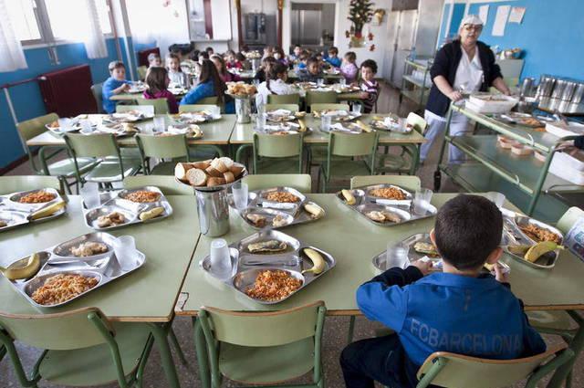 Las AMPAS catalanas podrán seguir gestionando el servicio de comedor.